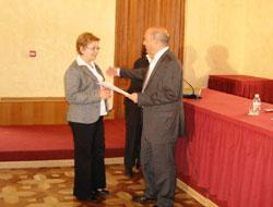 El Delegado Provincial de Empleo de la Junta de Andalucía entrega a la Alcaldesa de Gérgal 1.009.460 € para la construcción del Centro de Interpretación Astrofísica Medioambiental de Gérgal